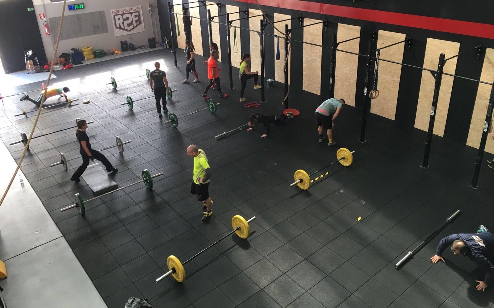 palestra-per-allenarsi-di-mattina-presto-genova-sestri-crossfit-mood