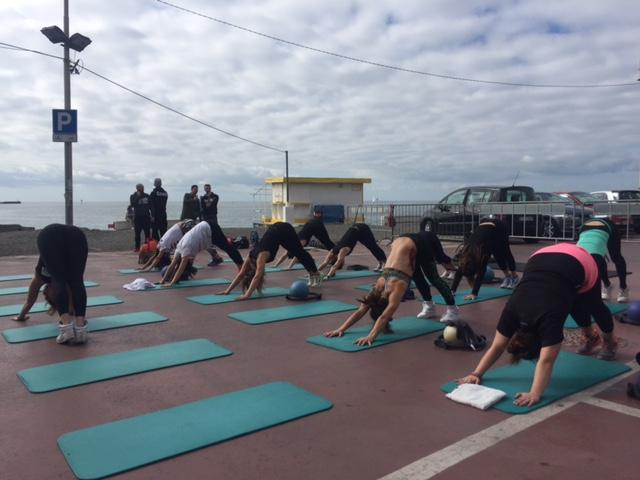 pilates-yoga-spiaggia-genova